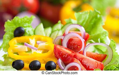 Comida sana y fresca ensalada vegetal
