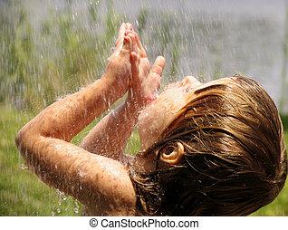 Jugando bajo la lluvia