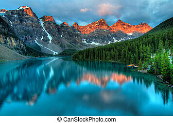 Lago Moraine, un paisaje colorido