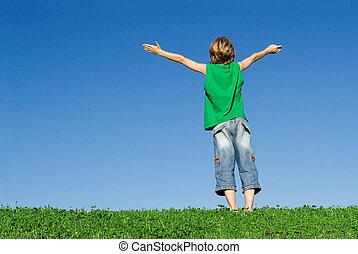 Los niños cristianos felices armaron alegría y fe
