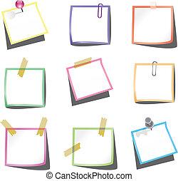 Notas de papel con alfileres y clip