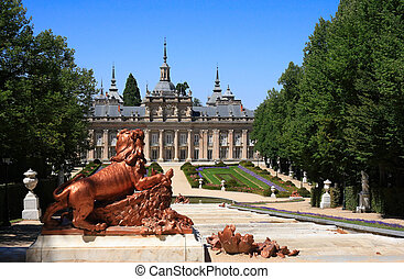 Palacio Real y jardines de la mafia san ildefonso (Spain)