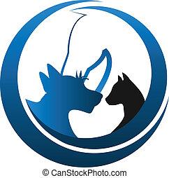 Perro gato y logo de caballo