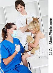 Trabajadores médicos y pacientes