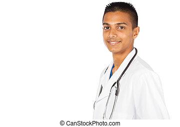 Un joven trabajador médico