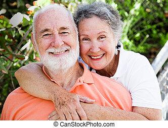 Una pareja sana y feliz
