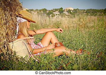 verano, mujer se relajar, joven, campo, aire libre
